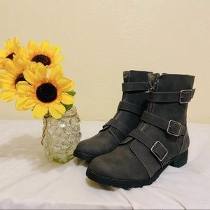 AEO Gray Buckle-Detail Moto Boots